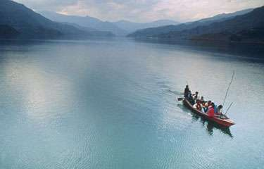 5 Nights/ 6 Days Nepal Tour